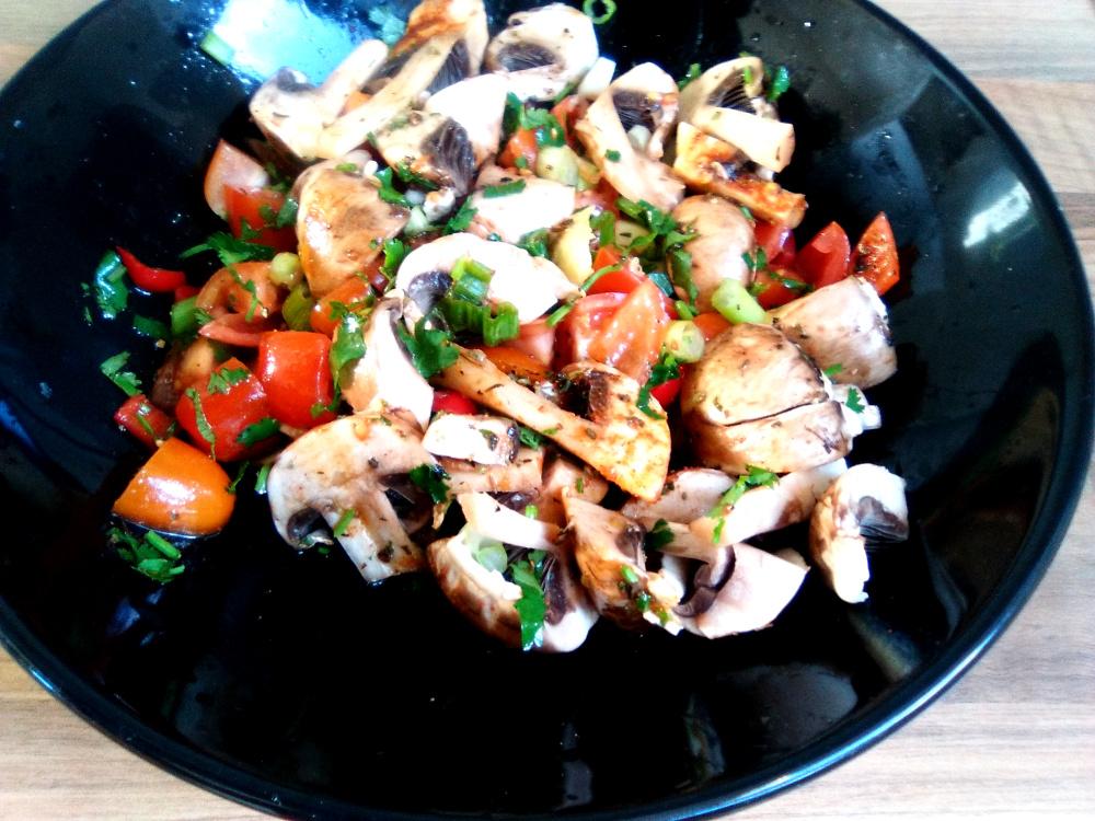 Raw Mushroom Tomato Salad